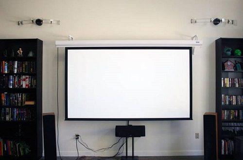 3 NHƯỢC ĐIỂM của màn chiếu điện 150 inch cũ bạn nên biết